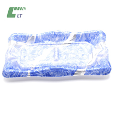 Disposable flat stackable plastic fresh food tray