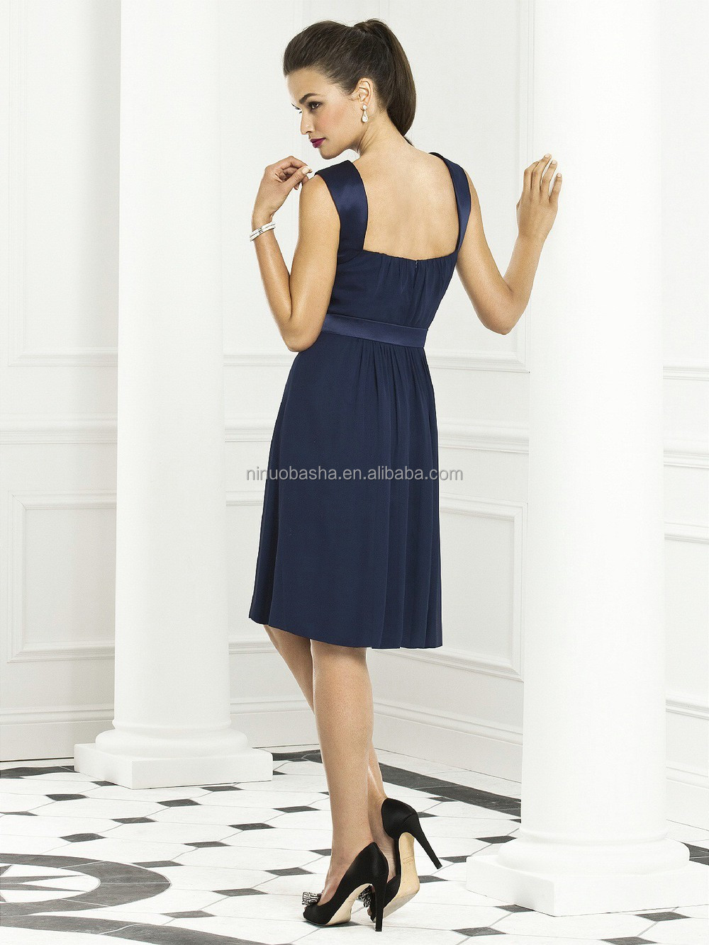 2015 Navy Blue Bridesmaid Dress With Straps Square Neck Knee-length ...