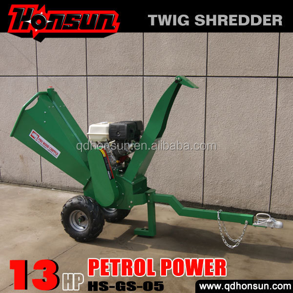Italy style high quality 13HP Honda Lifan gasoline engine China automatic wood chipper Japan