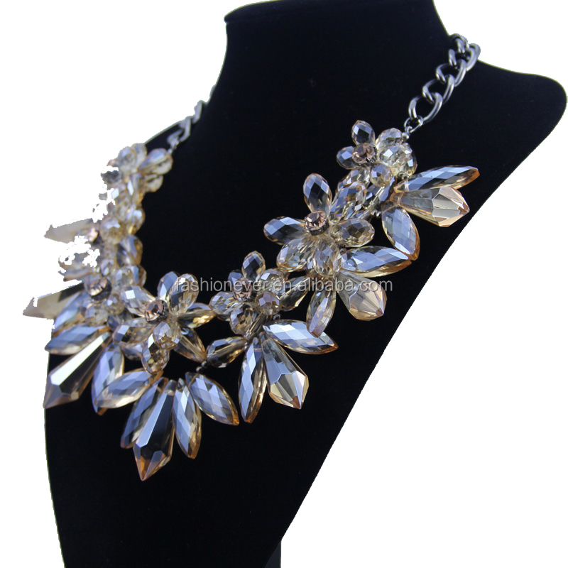New Hot Sale Luxury Crystal Flower Necklace Pendant Statement Necklace Choker Crystal Collar Necklace