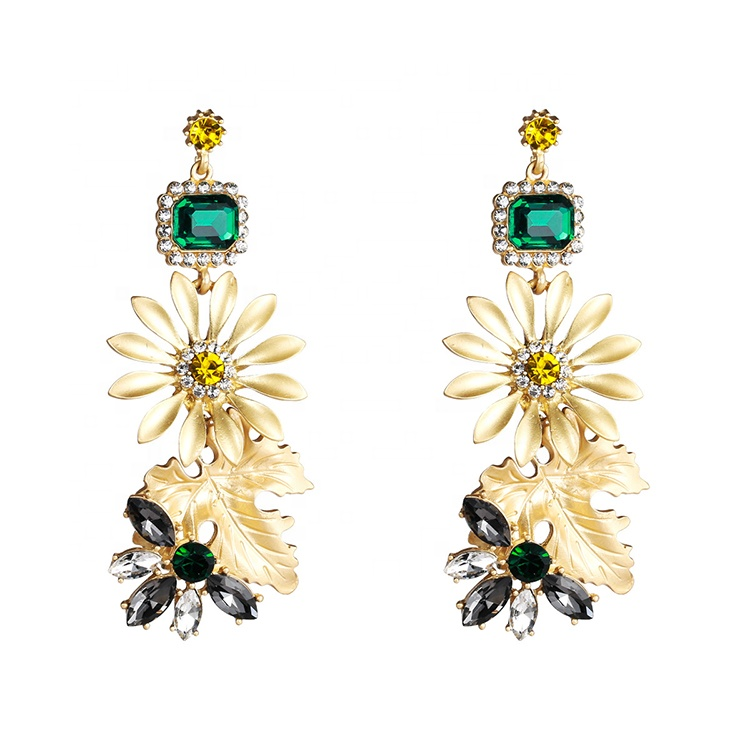 2019 Newest dangling <strong>earrings</strong> with crystal rhinestone women alloy <strong>gold</strong> <strong>flower</strong> diamond chandelier <strong>earrings</strong>