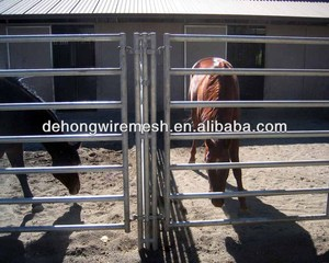 Round pipe cattle fence horse panels 6' tall 7 rail, custom triple post to mount swing gates on each side(Manufacturer&Factory)