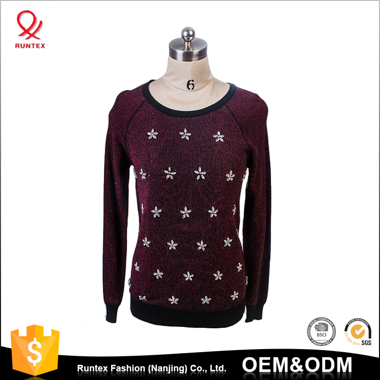 Custom design knitwear for women round-neck pullover sweater with beads decorated in front