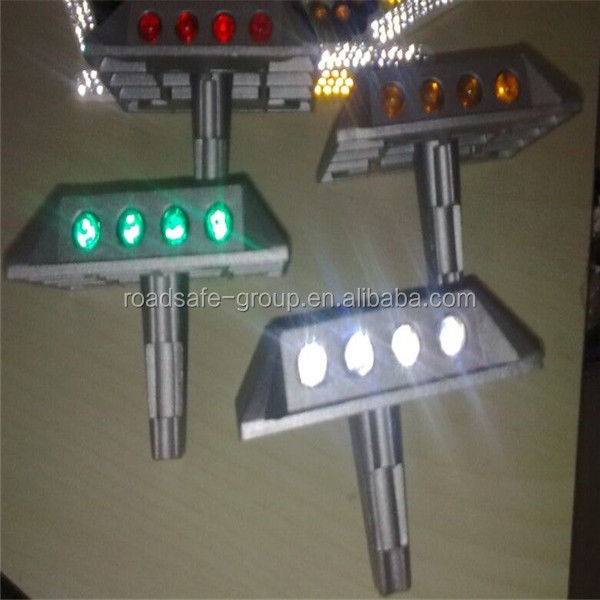 Hot sale high quality road reflective road stud with 4 pcs cat eyes