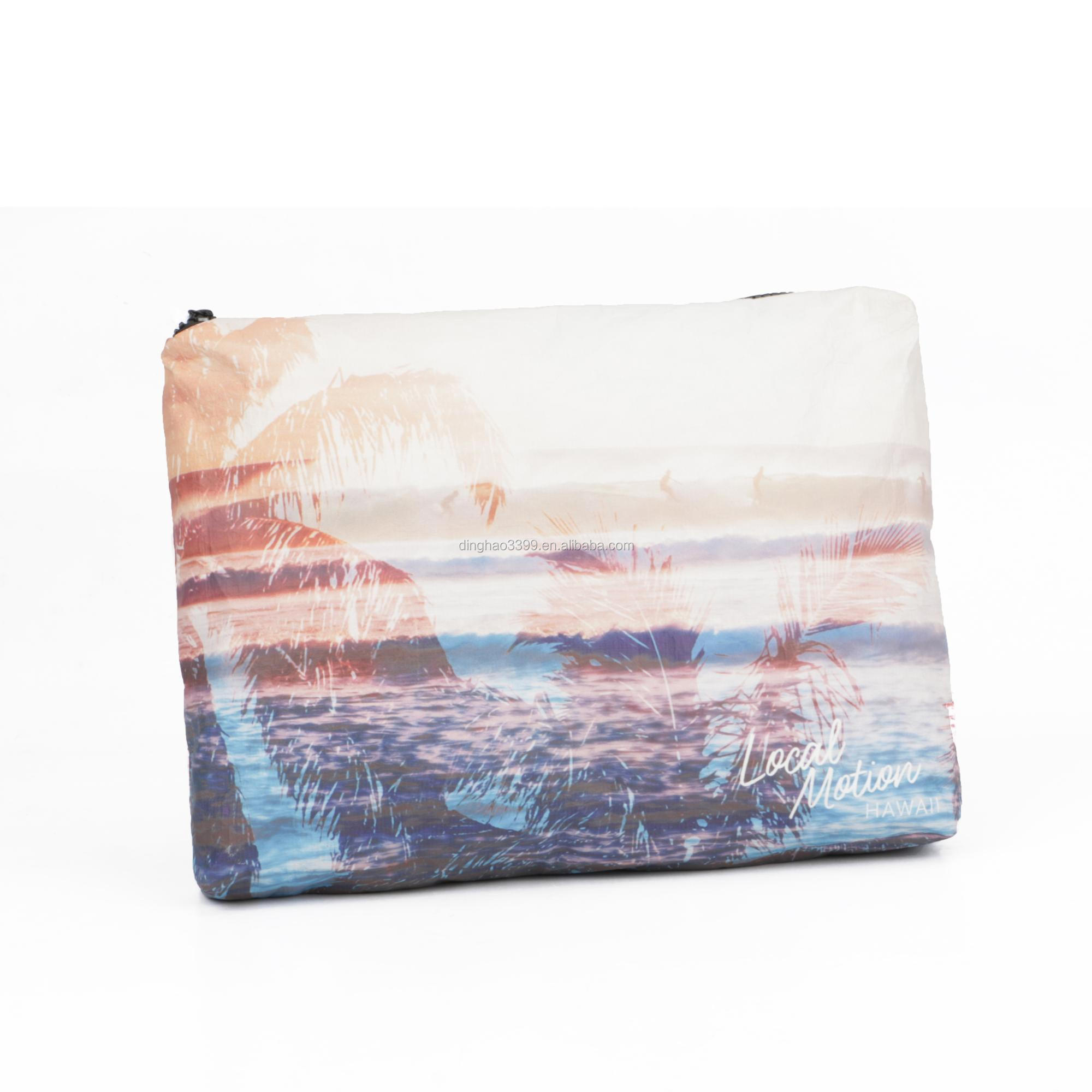 5e2bede8cd71 China supplier coated tyvek cosmetic pouch custom printed PU coated tyvek  paper makeup bag waterproof lightweight soft tyvek bag