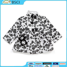 High Quality Wholesale Children Fashionable White Heart Print Padded Lining Winter Coat For Kids