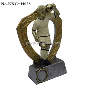 Wholesale High Quality Resin Sports Souvenir Football Winner Trophies