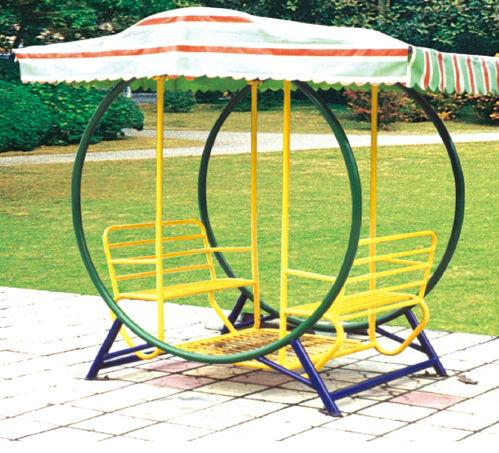 Swinging seats garden simply