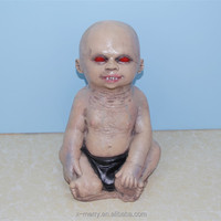 X-MERRY ROSWELL BABY SOUNDS AND LIGHTS HALLOWEEN SCARY CREEPY PROP FANCY DRESSING FOR HAUNTED HOUSE