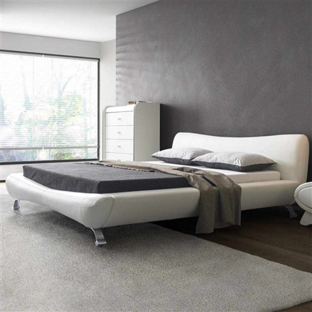 MyEasyShopping King White Faux Leather Upholstered Platform Bed with Modern Headboard and Metal Legs Frame Antique Solid