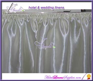 21' (640cm) length white table skirts for weddings, banquets, parties, trade shows and other events