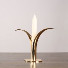 4110 factory wholesale simple grass design home table decorative metal candle holder