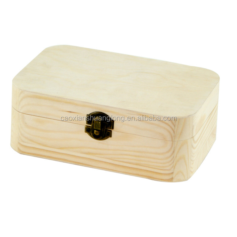 Round corners nature pine wood box with clasp