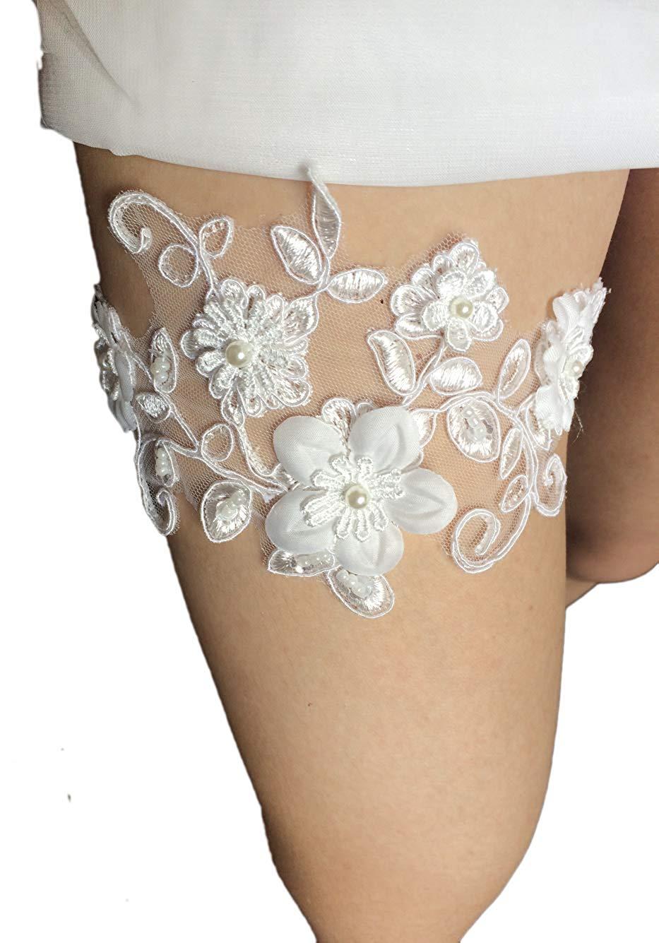 13aab566fab Get Quotations · Belyee Lady Sexy Lace Wedding Garters for Bride  Rhinestones Leg Bridal Garter