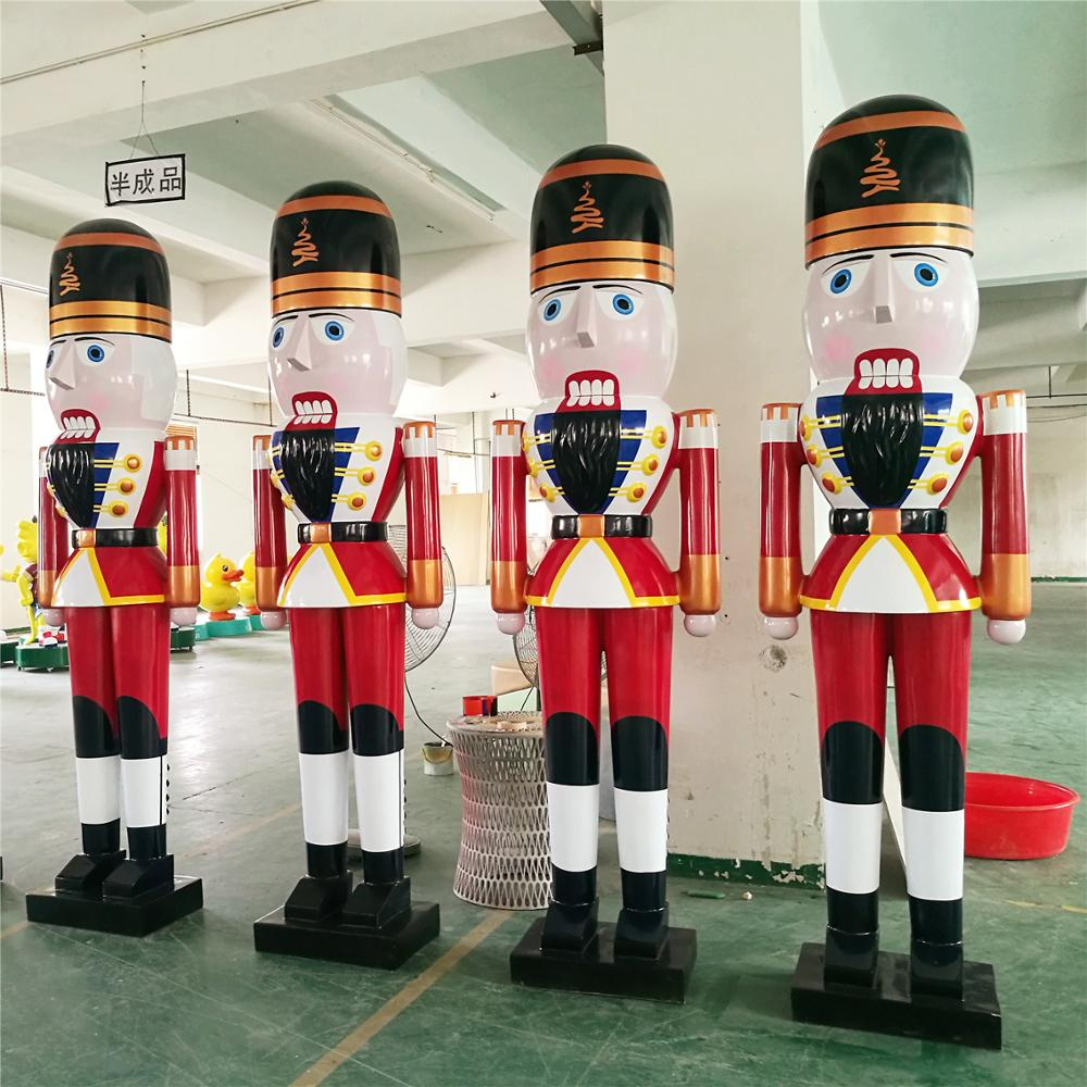 giant outdoor fiberglass nutcracker soldier for christmas decoration