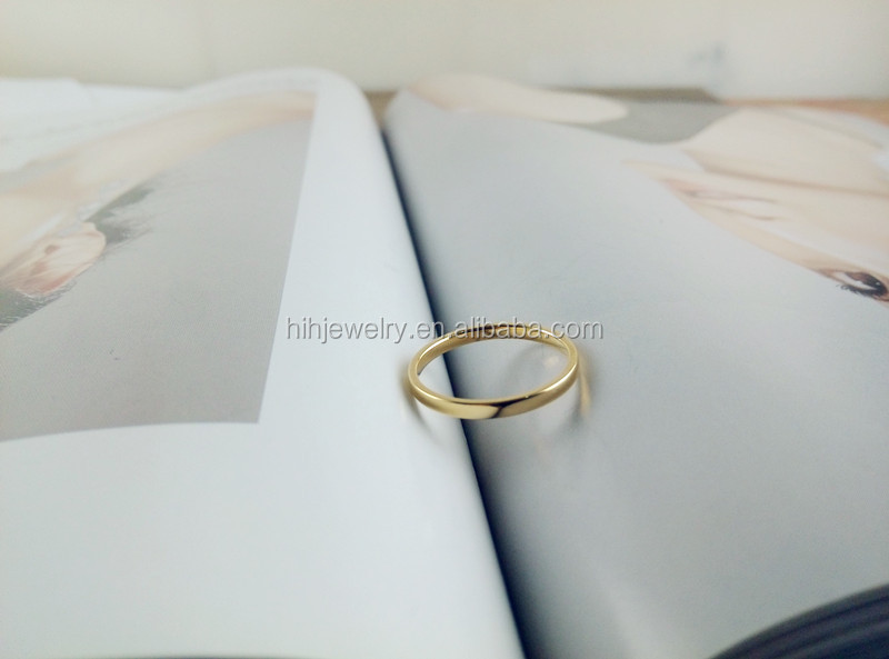 Latest women 14K gold little finger rings without stones