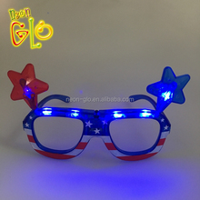 Night Party Lampeggiante Bicchieri di Plastica LED <span class=keywords><strong>Occhiali</strong></span> Da Sole Stella per 4th of July