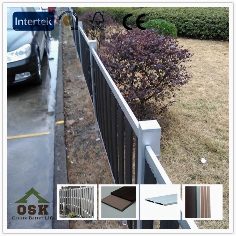 Facile e semplice picchetto recinzione europeo esterno di for Recinzioni in legno composito