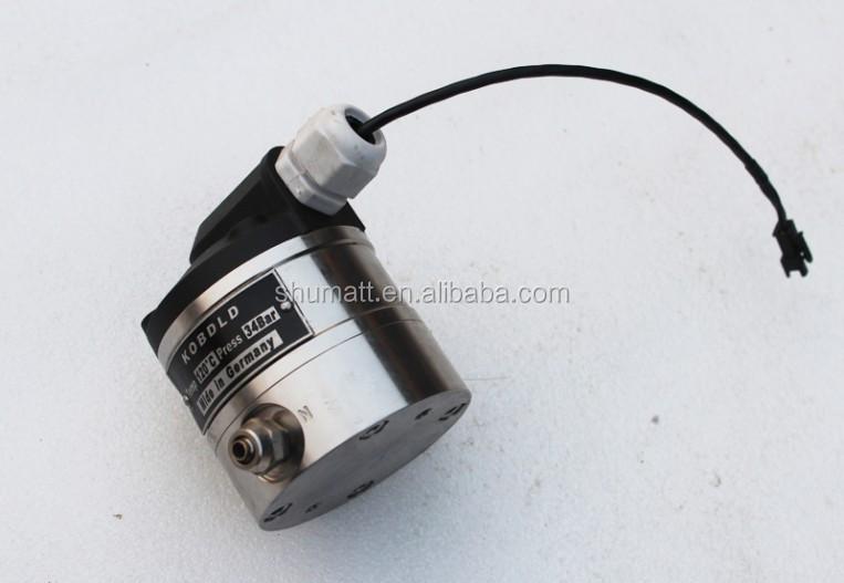 common rail diesel injecteur r paration de la pompe zqym618c testeur disel pompe d 39 injection. Black Bedroom Furniture Sets. Home Design Ideas
