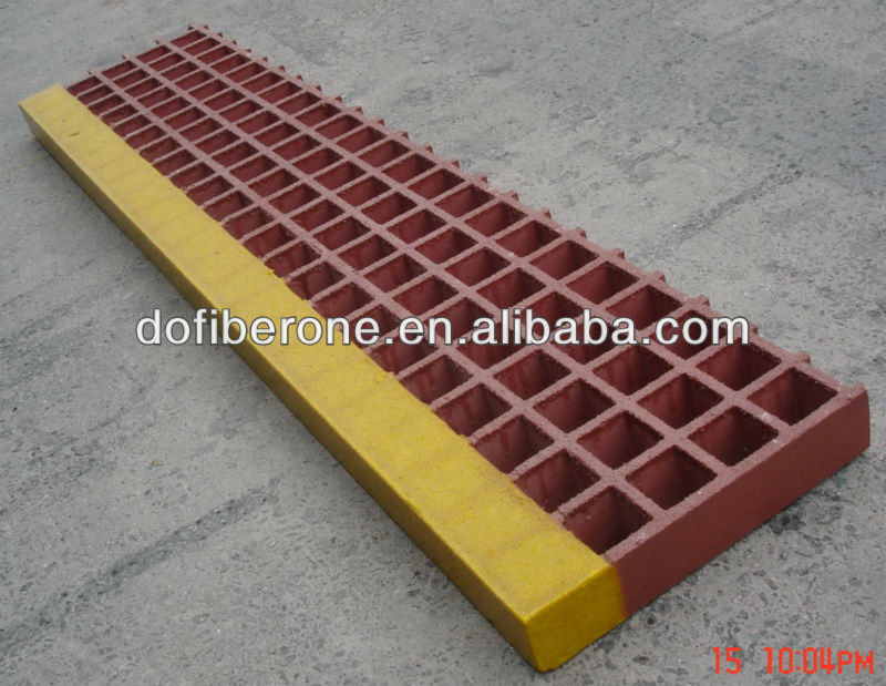GRP phenolic grating molded and pultruded