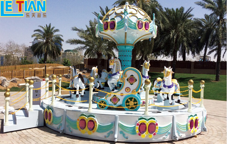 Amusement Park Merry go round 11 seats Carousel For Sale