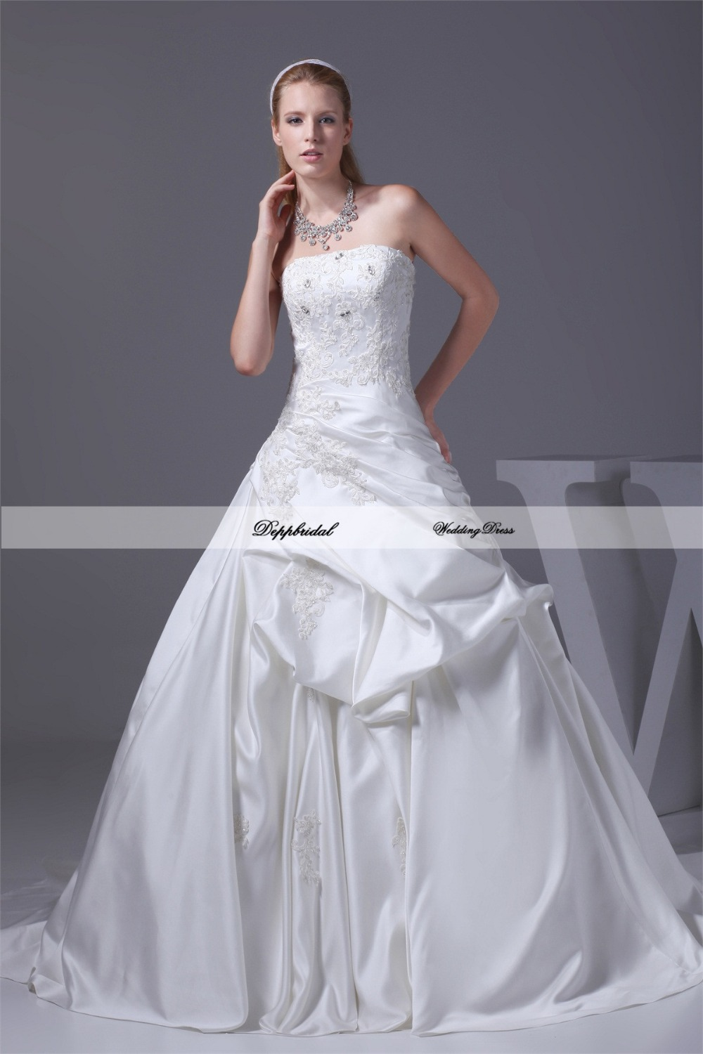 Cheap Ball Gown Wedding Dresses: Wholesale Wedding Dress Satin Ball Gown Strapless Crystals