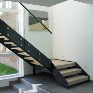China Carbon steel stringer and glass railings metal straight stairs