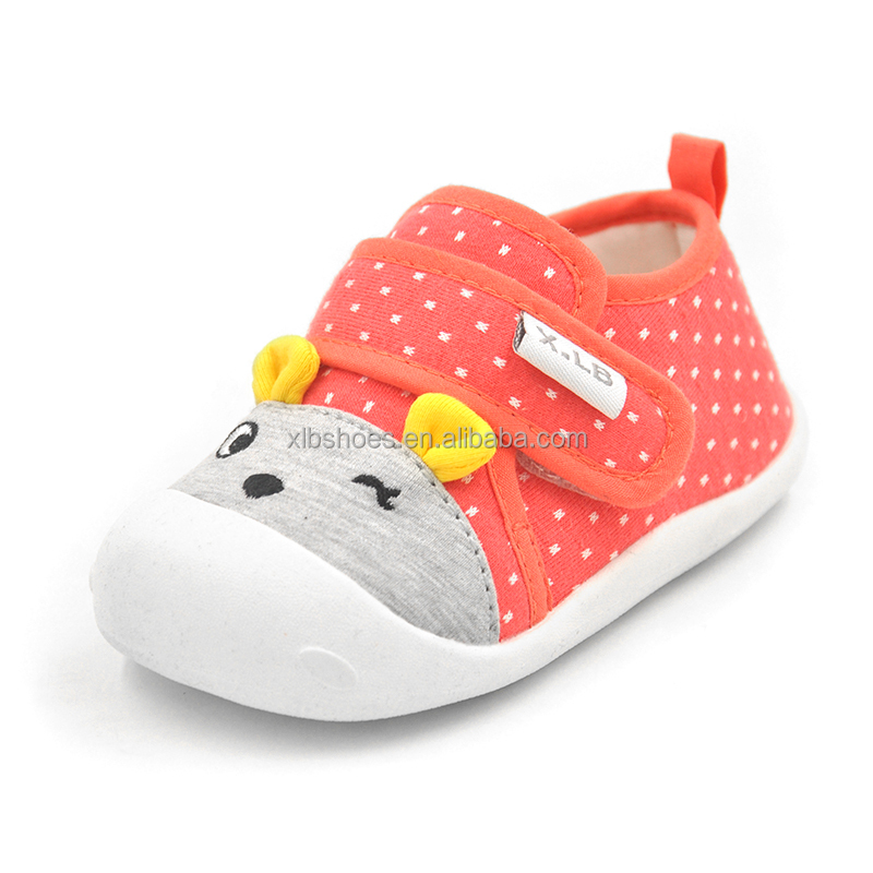 2017 cute animal design rubber sole baby walking shoes