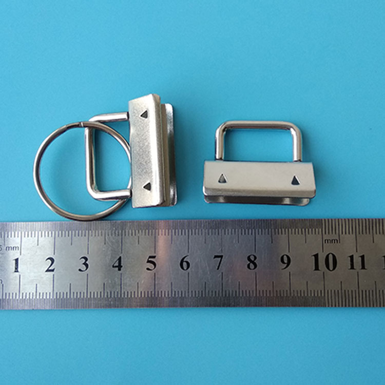 Factory Supplier 30mm Metal Key Fob Sets Hardware With Ring