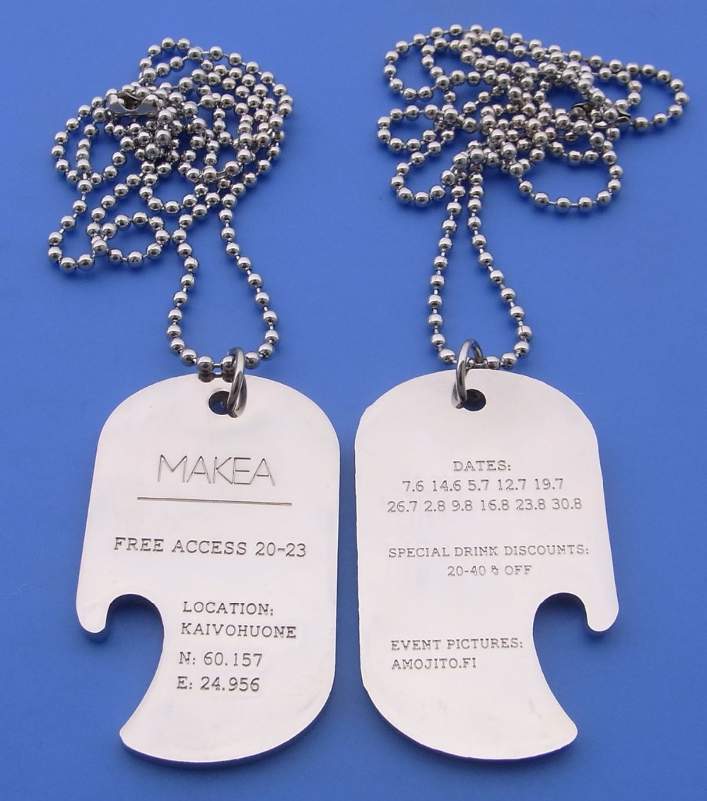 Customized shiny black nickel plating blue and black color shield logo metal dog tag necklace with silicone cover