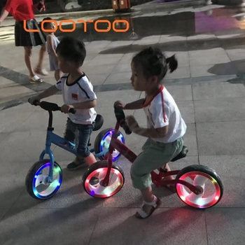 Hot sale 12 inch wheel pedal less red balancer toy children training bike bicycle