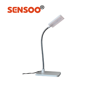 Indoor table using white low price lighting learning led desk lamps
