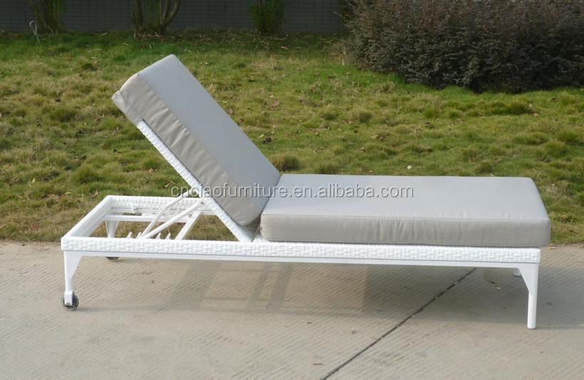 Modern Elegant Outdoor Furniture Cheap Patio Garden Rattan Chaise Lounge Bu