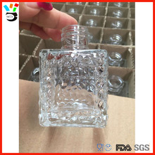 Good Quality Desk Decor Diffuser Vase Dotted Pattern Square Glass Aromatherapy Bottle