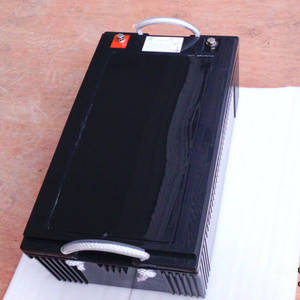 Lithium Iron Phosphate Rechargeable Battery Long Cycle Life 12V 200Ah LiFePO4 Battery