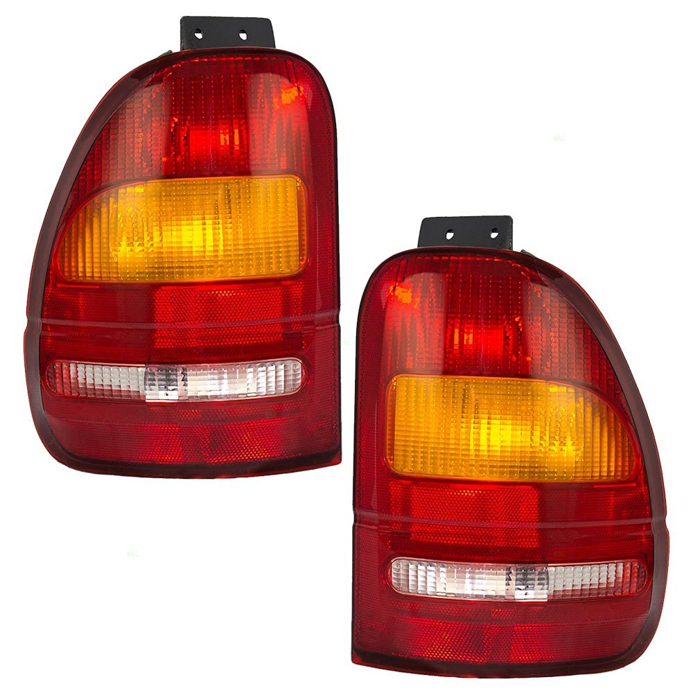 WARN 63815 Replacement Bulb For Taillights