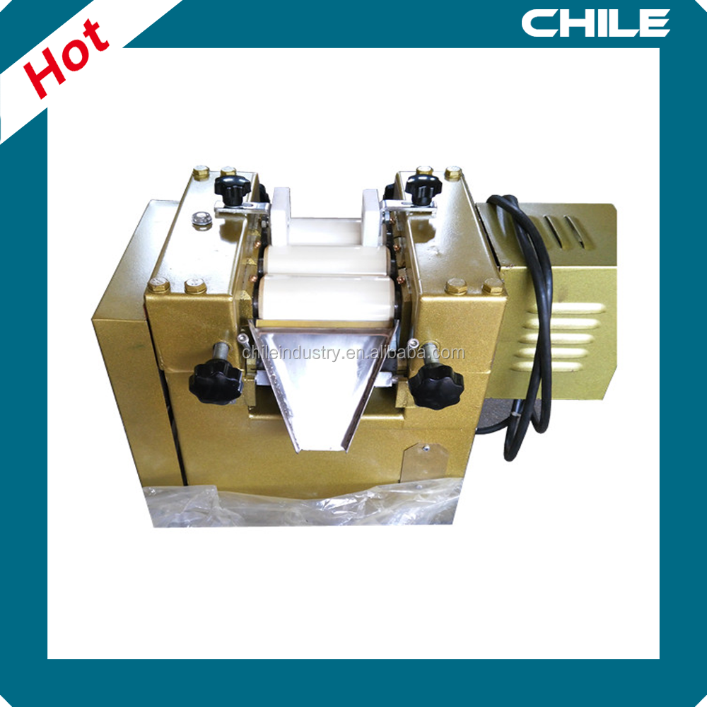 CHILE Hot Sale 65mm Lab Three Roll Mill for Cosmetic