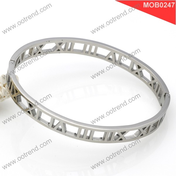New arrival Roman Rose gold gold silver hollow fashion stainless steel bracelet to custom design