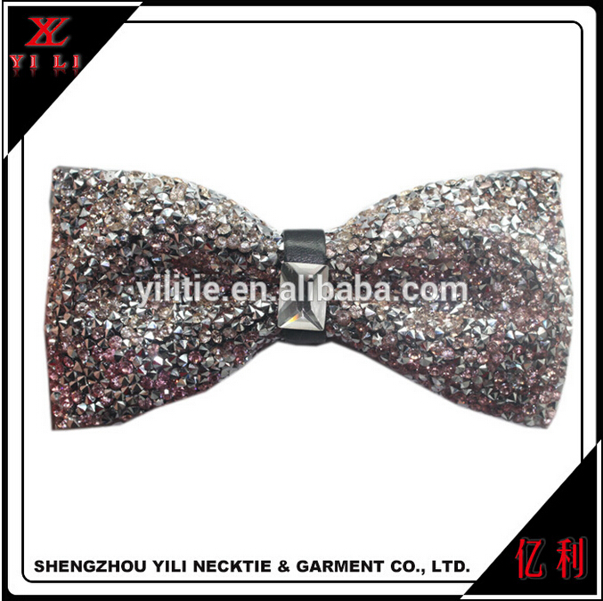Migliore qualità mens wedding scintillio del diamante di cristallo strass papillon