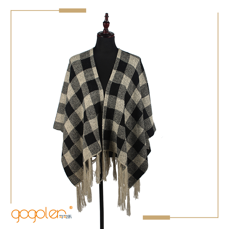 hot selling products black and white grid free poncho knitting patterns for sale