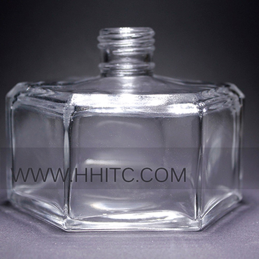 Empty Auto Perfume Glass Bottle Custom Made Shape Glass Reed Diffuser Bottle