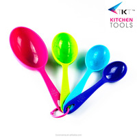 Colorful Plastic Measuring Cup And Measuring Spoon Set of 4pcs Meassuring Scoops