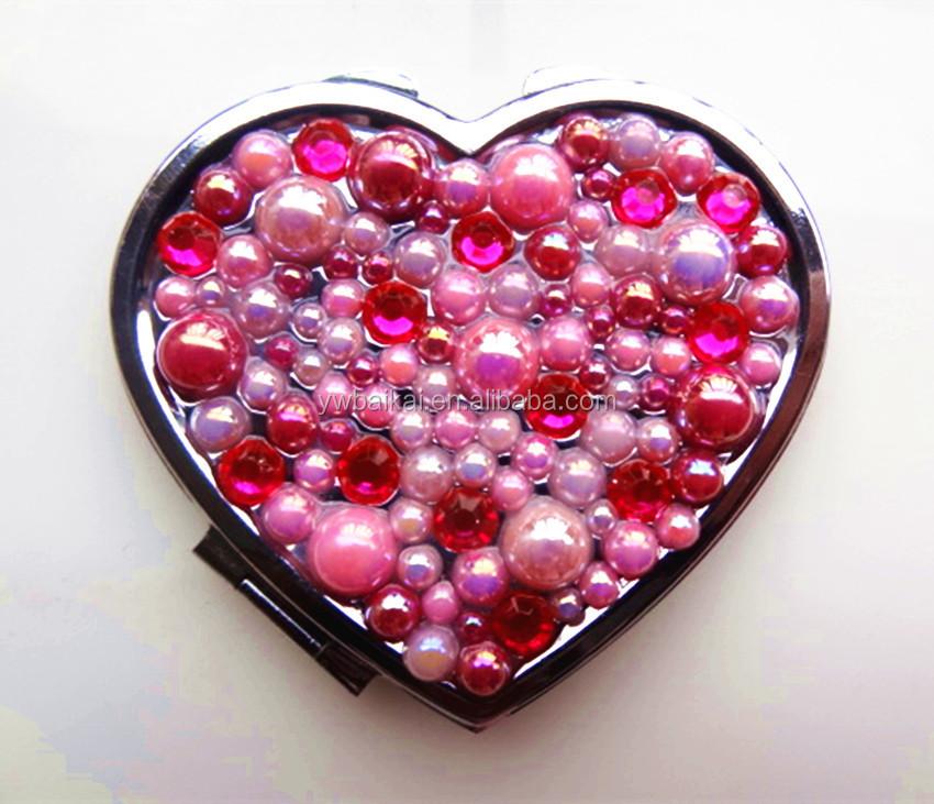 Heart-shaped aluminum pearl diamond makeup mirror