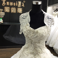 Guangzhou wholesale white color beauty bridal wedding dress 2017