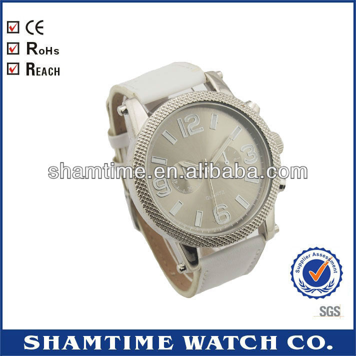 DSC- 7116 Cheap Men's Quartz Watches