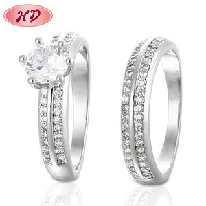 Newest Design Dubai Couple Wedding Finger Rings For Lady Paved Cz Zircon