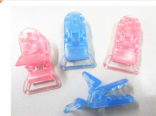 Facory price and good quality small plastic clips,plastic alligator clips,plastic name badge clip