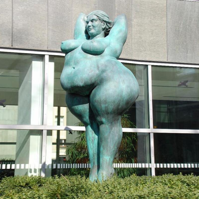 Италия статуя голой толстой женщины, эро порно ххх фото онлайн