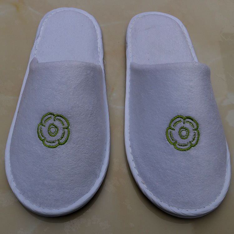 Top quality Custom made hotel bathroom slippers, high quality hotel slippers