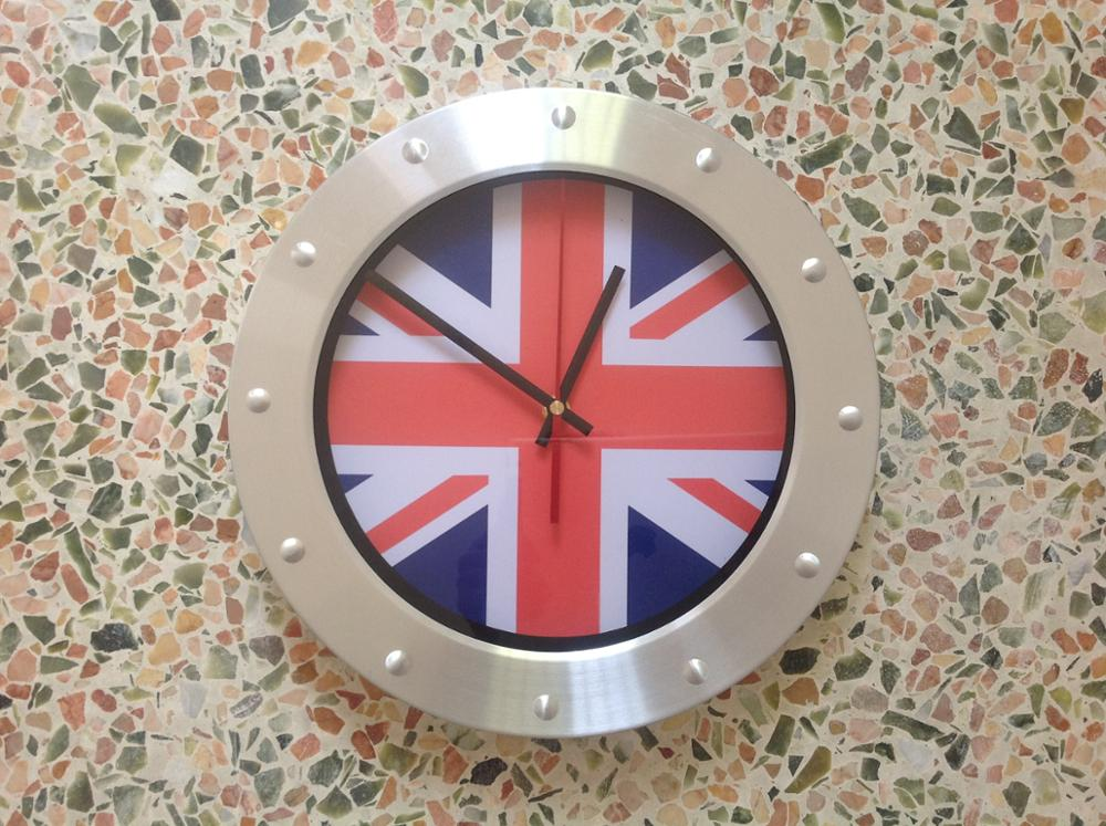 Custom dial pattern metal wall clock